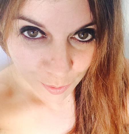 Julia Selfie 02